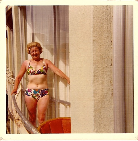 Mom in Hawaii 1971
